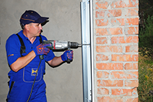Garage Door & Opener Repairs Bryn Athyn, PA 215-902-9555